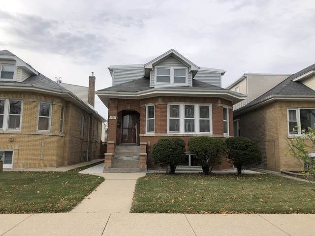 2734 N Parkside Avenue, Chicago, IL 60639 (MLS #10913816) :: Property Consultants Realty