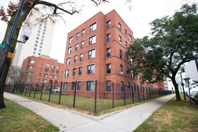 7363 S South Shore Drive #505, Chicago, IL 60649 (MLS #10913946) :: Helen Oliveri Real Estate