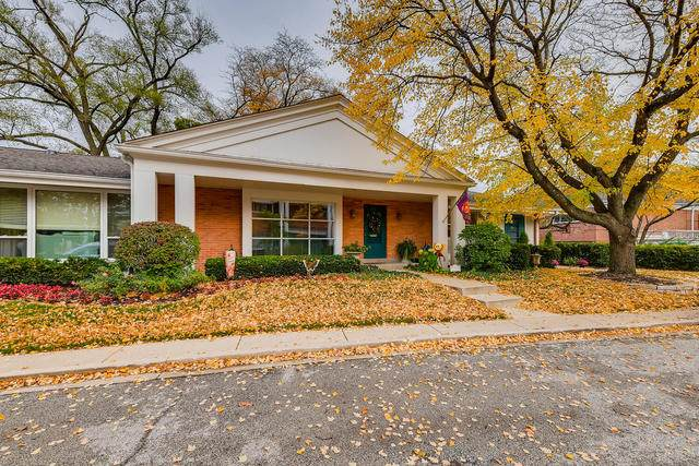 701 Carriage Hill Drive #0, Glenview, IL 60025 (MLS #10914006) :: BN Homes Group