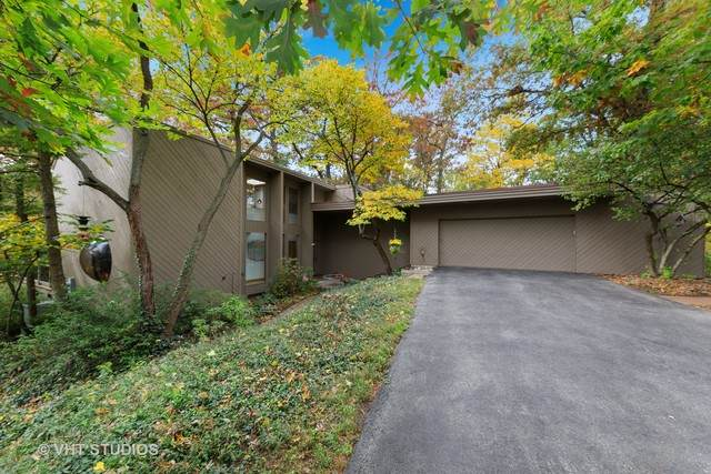 6402 Arrowhead Court, Indian Head Park, IL 60525 (MLS #10914121) :: Lewke Partners