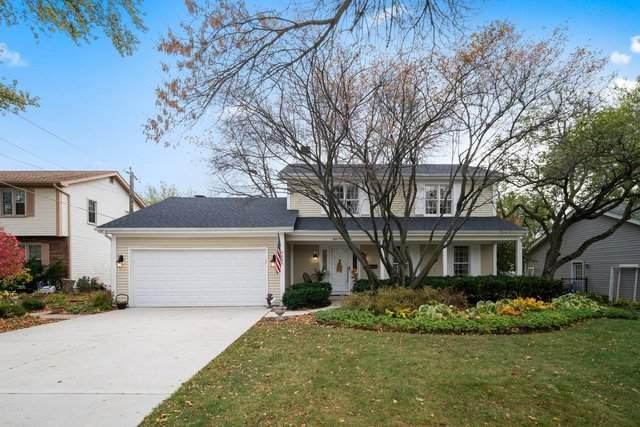 823 Brookside Drive, Bartlett, IL 60103 (MLS #10914234) :: Helen Oliveri Real Estate