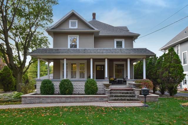 301 E Maple Avenue, Mundelein, IL 60060 (MLS #10914238) :: Property Consultants Realty