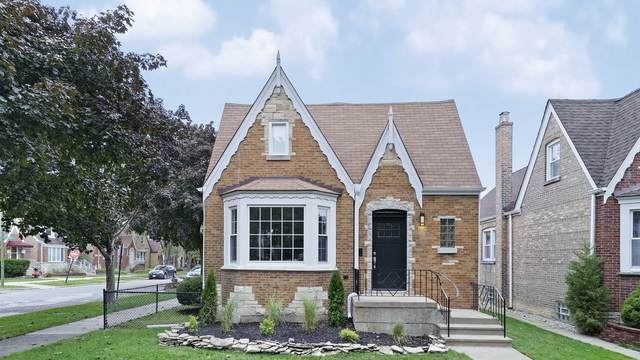 6976 W Barry Avenue, Chicago, IL 60634 (MLS #10914251) :: BN Homes Group