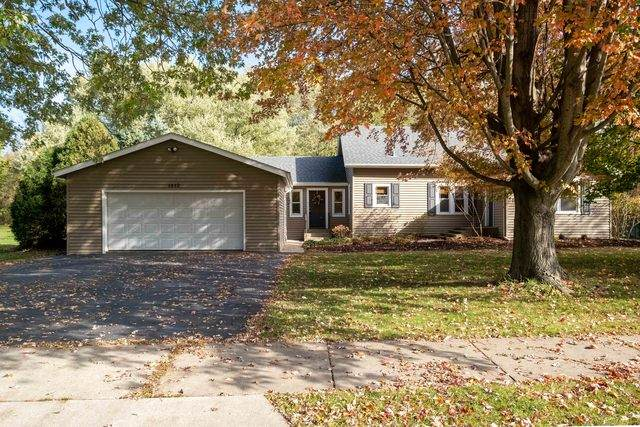 1412 Phelps Avenue, Rockford, IL 61108 (MLS #10914455) :: Property Consultants Realty