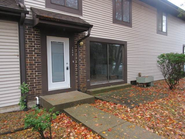 1804 Raintree Court #1804, Sycamore, IL 60178 (MLS #10914913) :: Ani Real Estate