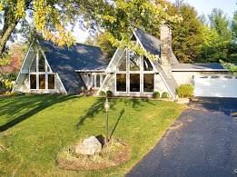2628 Knob Hill Road, Johnsburg, IL 60051 (MLS #10914988) :: Ani Real Estate