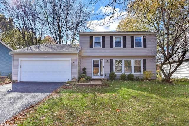 2225 Woodland Circle, Naperville, IL 60565 (MLS #10915436) :: John Lyons Real Estate