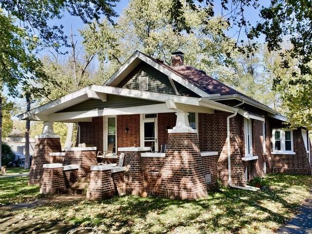 617 W Washington Street, CLINTON, IL 61727 (MLS #10915572) :: Property Consultants Realty