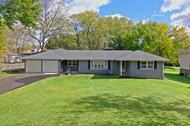 909 S Hough Street, Barrington, IL 60010 (MLS #10915697) :: Littlefield Group