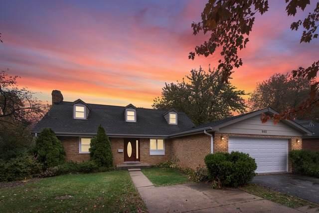 902 E Main Street, Barrington, IL 60010 (MLS #10915722) :: Helen Oliveri Real Estate