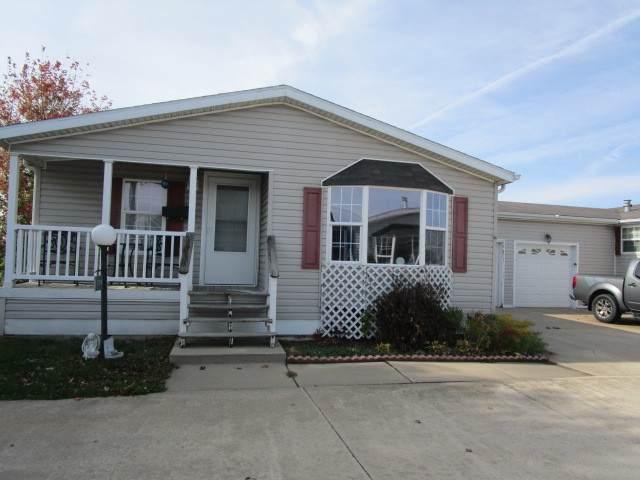 651 Bluebird Court A, Sandwich, IL 60548 (MLS #10916100) :: Helen Oliveri Real Estate