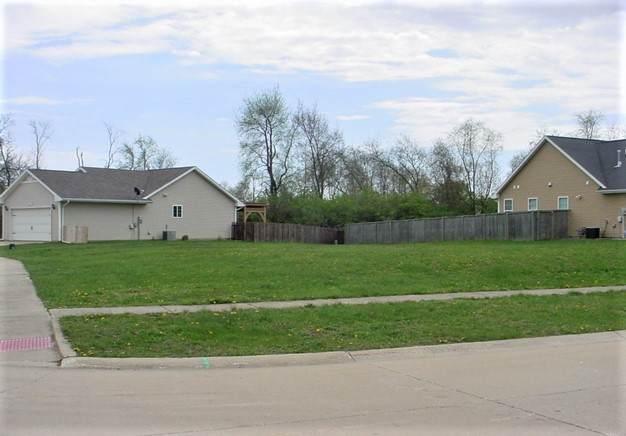 1807 E Fairfield Circle, Urbana, IL 61802 (MLS #10916370) :: Suburban Life Realty