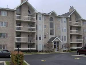 7767 Bristol Park Drive 4SW, Tinley Park, IL 60477 (MLS #10916456) :: Helen Oliveri Real Estate
