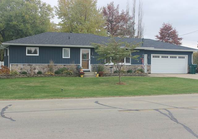 710 E Arnold Street, Sandwich, IL 60548 (MLS #10916620) :: Property Consultants Realty