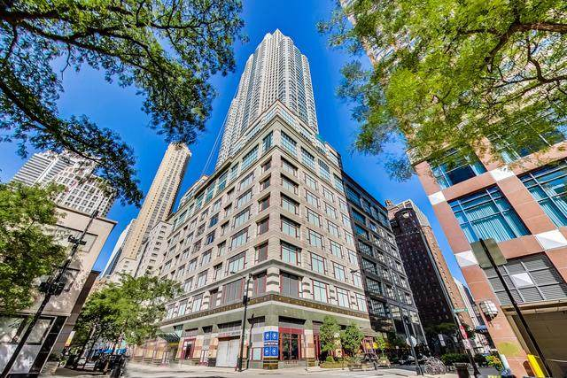 100 E Huron Street #3001, Chicago, IL 60611 (MLS #10917459) :: Lewke Partners