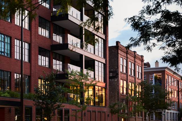 1109 W Washington Boulevard 2A, Chicago, IL 60607 (MLS #10917727) :: BN Homes Group