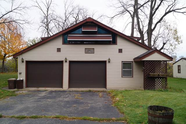 11075 Edgemere Terrace, Roscoe, IL 61073 (MLS #10919095) :: Littlefield Group