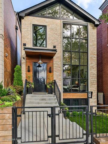 1829 N Honore Street, Chicago, IL 60622 (MLS #10919628) :: Property Consultants Realty