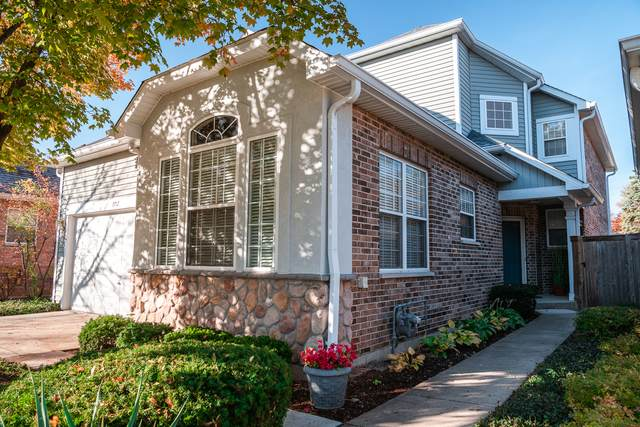 1712 Astor Avenue, Oakbrook Terrace, IL 60181 (MLS #10919729) :: RE/MAX IMPACT