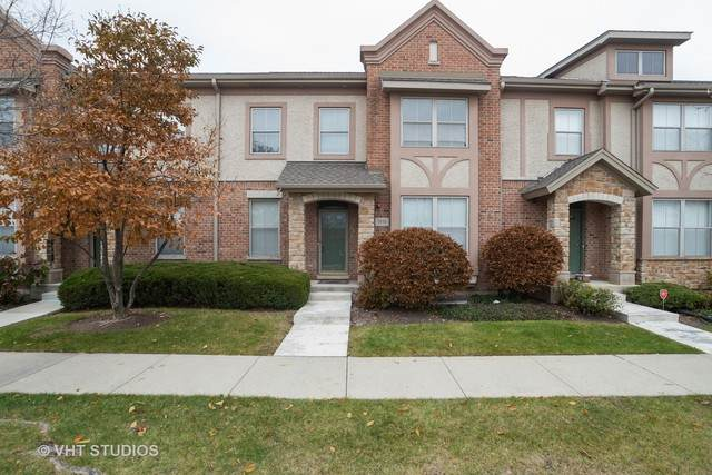 1930 Beaumont Place, Northbrook, IL 60062 (MLS #10919978) :: Helen Oliveri Real Estate