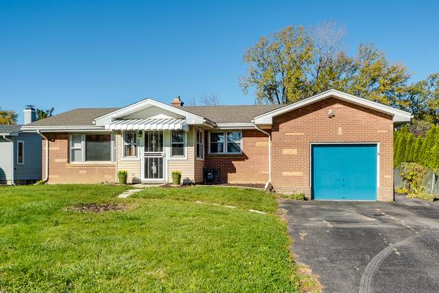 33108 N Mill Road, Grayslake, IL 60030 (MLS #10920053) :: Property Consultants Realty