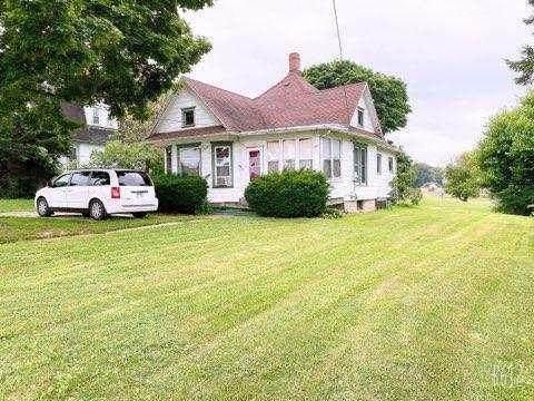 1140 S West Avenue, Freeport, IL 61032 (MLS #10920202) :: Littlefield Group
