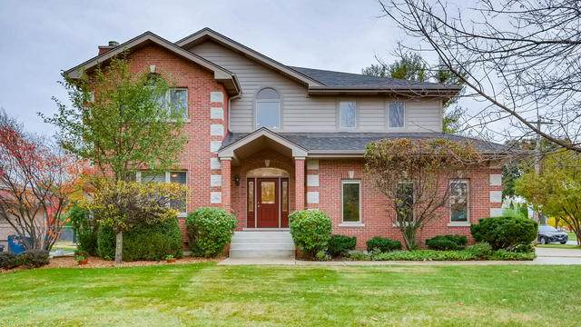 1499 S Wedgewood Avenue, Des Plaines, IL 60018 (MLS #10920633) :: Helen Oliveri Real Estate