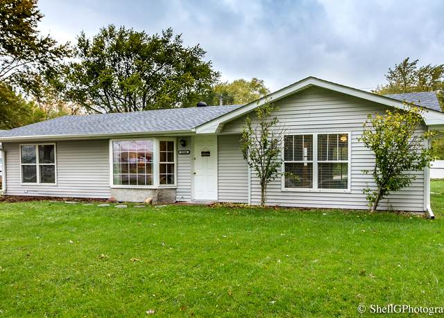19106 W Airport Road, Romeoville, IL 60446 (MLS #10921075) :: Suburban Life Realty