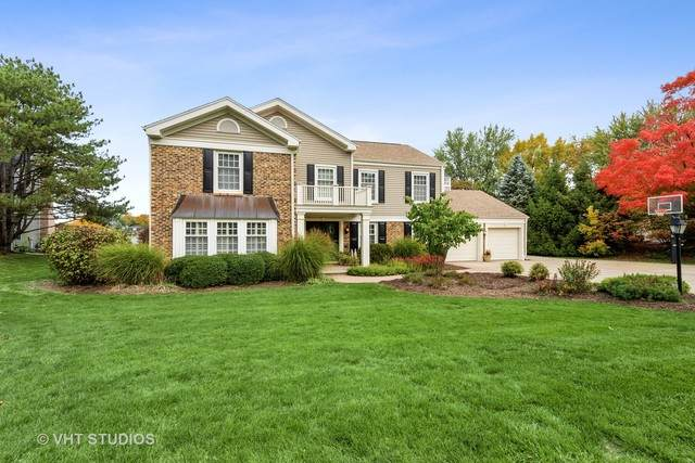 1570 Lake Shore Drive S, Barrington, IL 60010 (MLS #10921337) :: Littlefield Group
