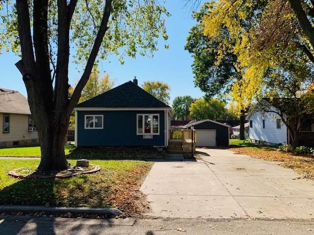 505 W Saint Paul Street, Spring Valley, IL 61362 (MLS #10923041) :: John Lyons Real Estate