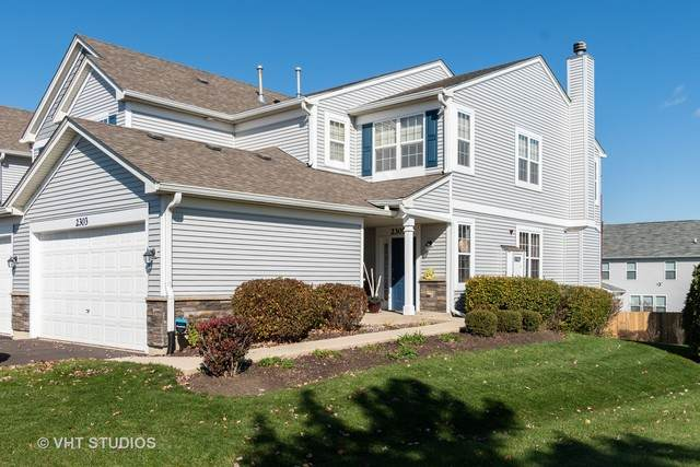 2303 Overlook Court #2303, Naperville, IL 60563 (MLS #10923148) :: RE/MAX IMPACT