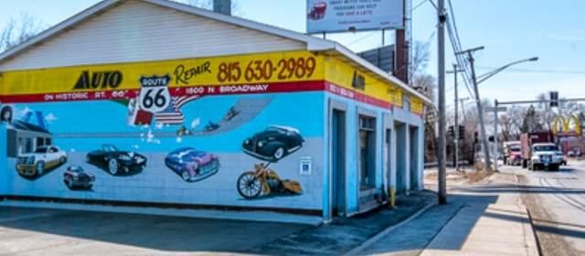1600 N Broadway Street, Crest Hill, IL 60403 (MLS #10923871) :: BN Homes Group