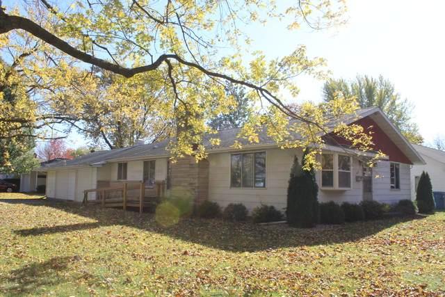 404 S Ralph Street, Watseka, IL 60970 (MLS #10924070) :: BN Homes Group