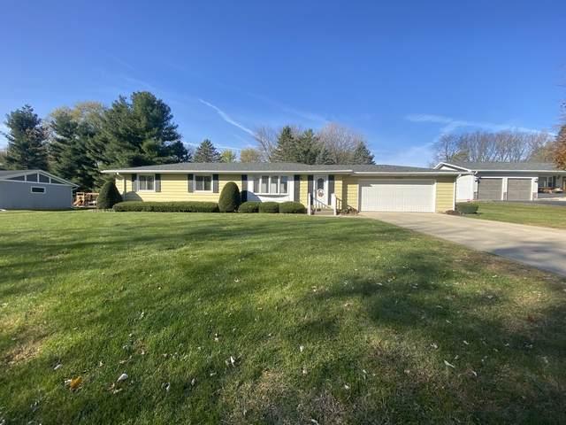 2026 Eagle Drive, Freeport, IL 61032 (MLS #10924131) :: Littlefield Group