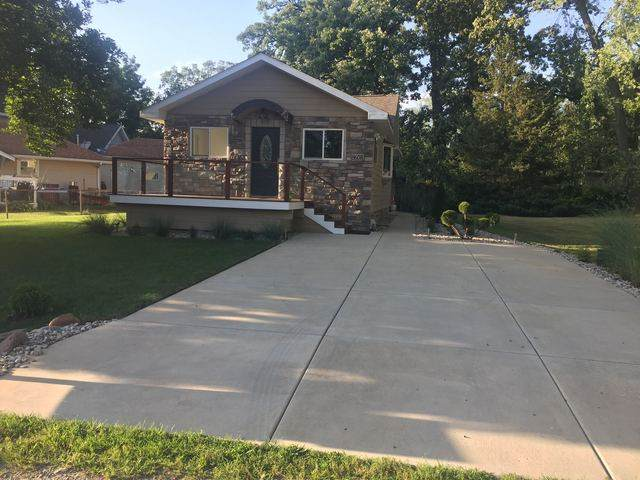 8608 W 139th Avenue, Cedar Lake, IN 46303 (MLS #10924219) :: John Lyons Real Estate