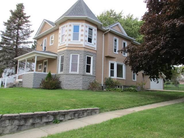 910 N 1st Street, Ashton, IL 61006 (MLS #10924745) :: Littlefield Group