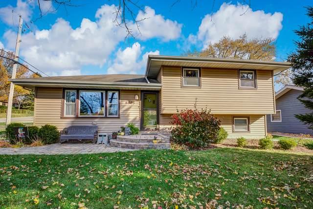 4501 Kingston Avenue, Lisle, IL 60532 (MLS #10925445) :: Littlefield Group