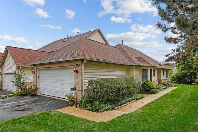 2019 Thornwood Circle, St. Charles, IL 60174 (MLS #10925846) :: Helen Oliveri Real Estate