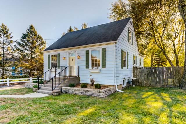 816 Foster Avenue, Lake Bluff, IL 60044 (MLS #10926150) :: Lewke Partners