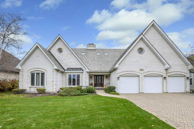 1580 White Eagle Drive, Naperville, IL 60564 (MLS #10926154) :: Littlefield Group