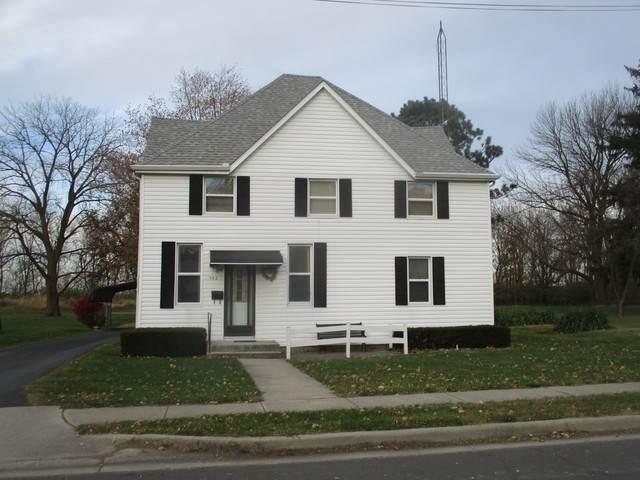 502 N Parke Street, Tuscola, IL 61953 (MLS #10926691) :: Helen Oliveri Real Estate