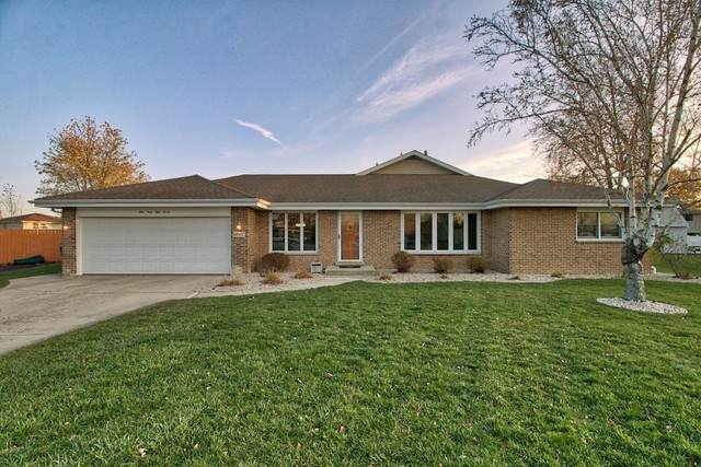 14057 Hialeah Court, Orland Park, IL 60467 (MLS #10926698) :: John Lyons Real Estate