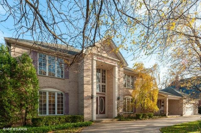 6465 N Tower Court, Lincolnwood, IL 60712 (MLS #10926843) :: John Lyons Real Estate