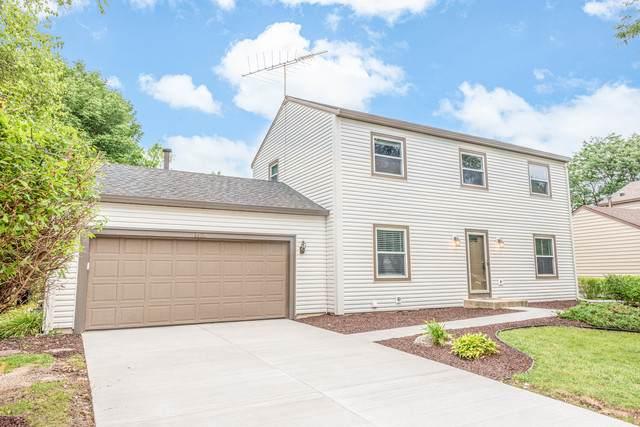 1421 Carleton Avenue, Naperville, IL 60565 (MLS #10927129) :: Janet Jurich