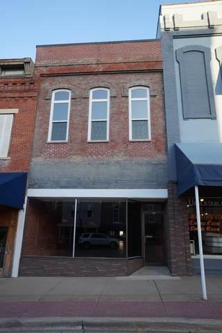 128 S State Street, Henry, IL 61537 (MLS #10927286) :: John Lyons Real Estate
