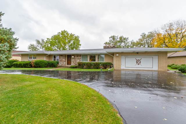 20W371 Diversey Avenue, Addison, IL 60101 (MLS #10927467) :: John Lyons Real Estate