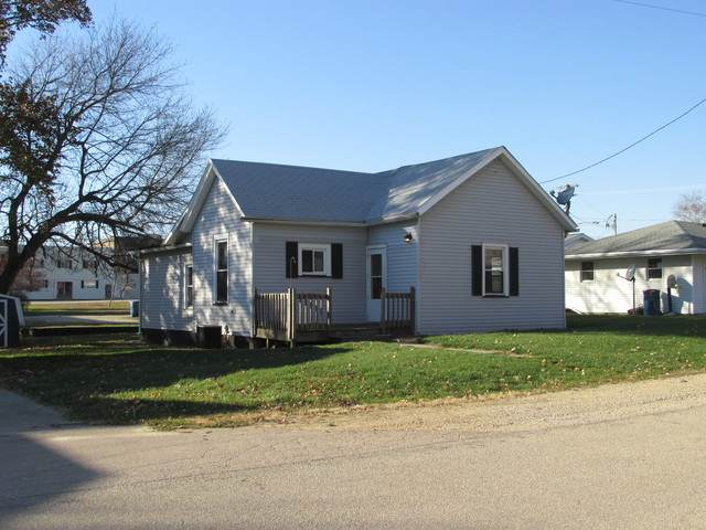 104 N Memorial Street, Ohio, IL 61349 (MLS #10928070) :: John Lyons Real Estate
