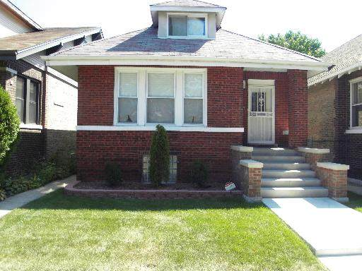 10817 S Indiana Avenue, Chicago, IL 60628 (MLS #10930568) :: Janet Jurich