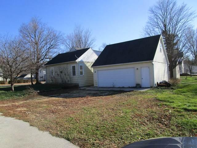245 N Pine Street, Waterman, IL 60556 (MLS #10931243) :: John Lyons Real Estate