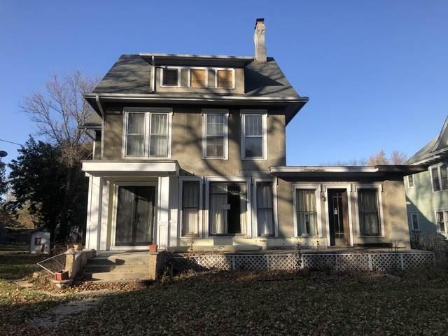 912 W Stephenson Street, Freeport, IL 61032 (MLS #10931371) :: Littlefield Group